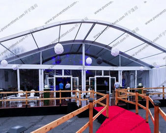 Upacara / Celebration Party Arch Curved Tent Luxury Aluminium Alloy Dengan Eave